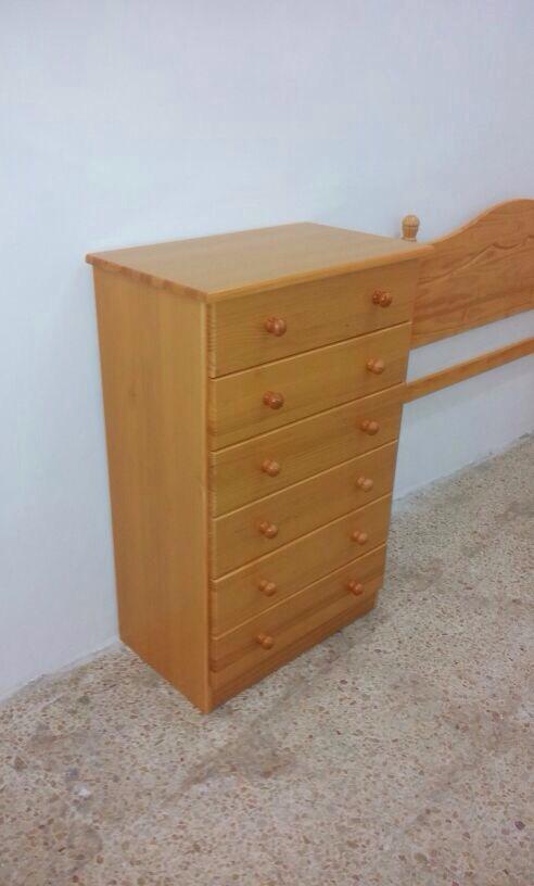 Venta de muebles de pino para dormitorios